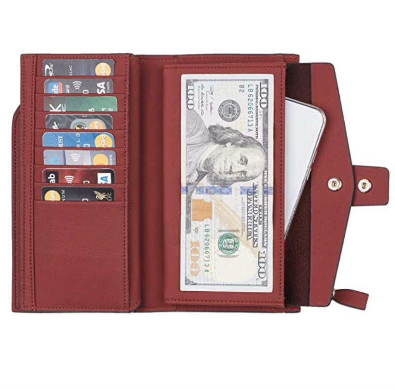 Room for your Benjamins, your cards—even your phone! (Photo: Amazon)