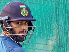 Ind vs Aus 1st ODI: Twitter ruthless after concussion forces Rishabh Pant off the field