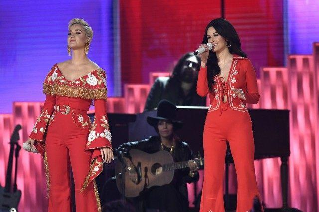Katy Perry and Kacey Musgraves Grammys performance