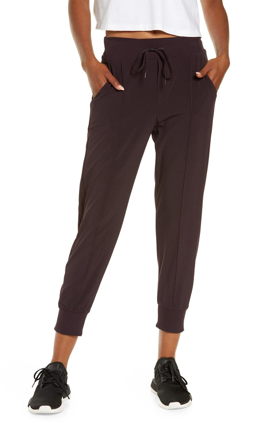 """<p><strong>ZELLA</strong></p><p>nordstrom.com</p><p><strong>$75.00</strong></p><p><a href=""""https://go.redirectingat.com?id=74968X1596630&url=https%3A%2F%2Fwww.nordstrom.com%2Fs%2Fzella-getaway-pocket-lightweight-woven-joggers%2F5675210&sref=https%3A%2F%2Fwww.womenshealthmag.com%2Ffitness%2Fg36719192%2Fbest-joggers-for-women%2F"""" rel=""""nofollow noopener"""" target=""""_blank"""" data-ylk=""""slk:Shop Now"""" class=""""link rapid-noclick-resp"""">Shop Now</a></p><p>For a good stretch sesh, you most definitely need a jogger that allows for all the bends, twists, and expansion. This lightweight pair is the top pick of Kelsey Decker, instructor XPRO for <a href=""""https://www.stretchlab.com/go"""" rel=""""nofollow noopener"""" target=""""_blank"""" data-ylk=""""slk:StretchLab GO"""" class=""""link rapid-noclick-resp"""">StretchLab GO</a>. """"As a stretch instructor, these pants are free-moving to allow me the elasticity and range of motion I need while performing a stretching exercise,"""" she says. """"As we stretch, our bodies need athletic pants to move with us to reach our flexibility goals while also staying fully covered.""""</p>"""