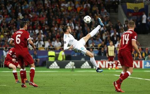<span>Bale puts Real Madrid 2-1 up two minutes after coming on</span> <span>Credit: Christopher Lee - UEFA </span>