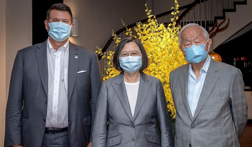 Taiwanese President Tsai Ing-wen with US undersecretary of state Keith Krach (left) and Morris Chang, founder of Taiwan Semiconductor Manufacturing Company, on September 18 in Taipei. Photo: AFP