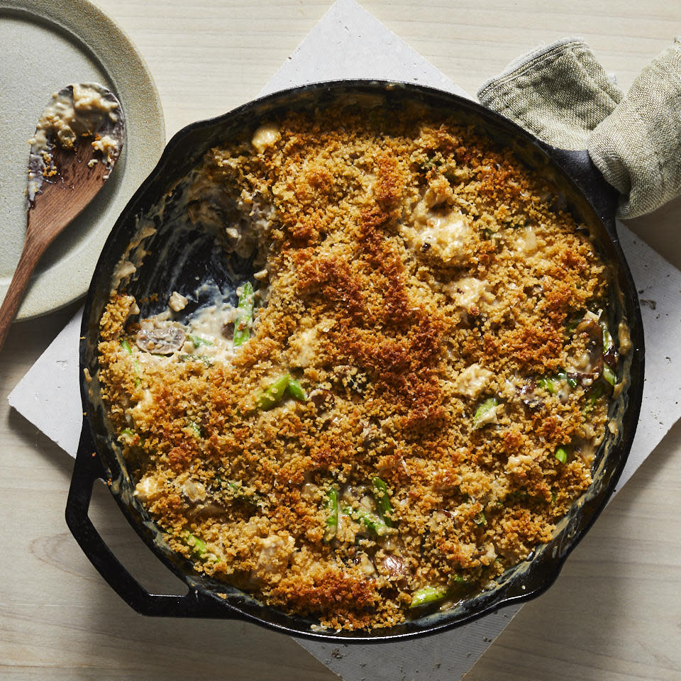 "<p>This comforting weeknight casserole recipe features plenty of mushrooms and asparagus combined with chicken and brown rice and a creamy Parmesan cheese sauce. Whip this up anytime you have leftover chicken or cooked brown rice to spare. <a href=""http://www.eatingwell.com/recipe/278001/creamy-mushroom-chicken-asparagus-bake/"" rel=""nofollow noopener"" target=""_blank"" data-ylk=""slk:View recipe"" class=""link rapid-noclick-resp""> View recipe </a></p>"