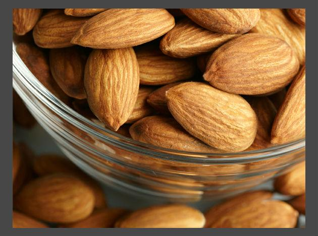 <b>Almonds:</b> Don't misjudge them as fattening because the fats that almonds contain are monounsaturated fats. The kind of fats you should completely avoid before workout would include butter or cheese products as they will make you lazy and tired. Almonds also contain omega 3s that instantly energise your mind.