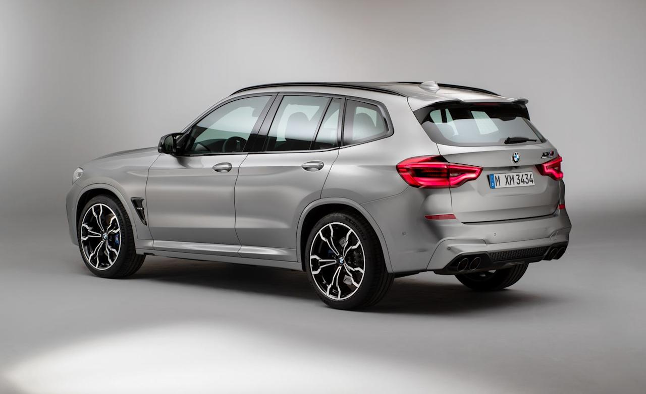 <p>At 473 horsepower, they are positioned well above the current range toppers, the 355-hp X3 and X4 M40i.</p>