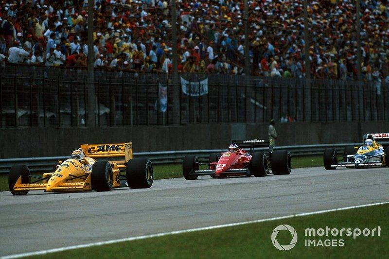 "Chasing Piquet's Lotus while holding off Patrese's Williams at Rio in '88. Piquet and Honda's departure from Williams chould have left a vacancy for Albo, but the team opted to retain Patrese – and the same situation would arise again one year later.<span class=""copyright"">Sutton Images</span>"