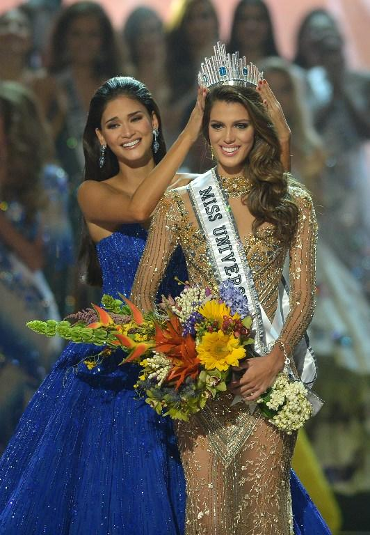 Miss Universe Contestants Shattered The Pageant Dress