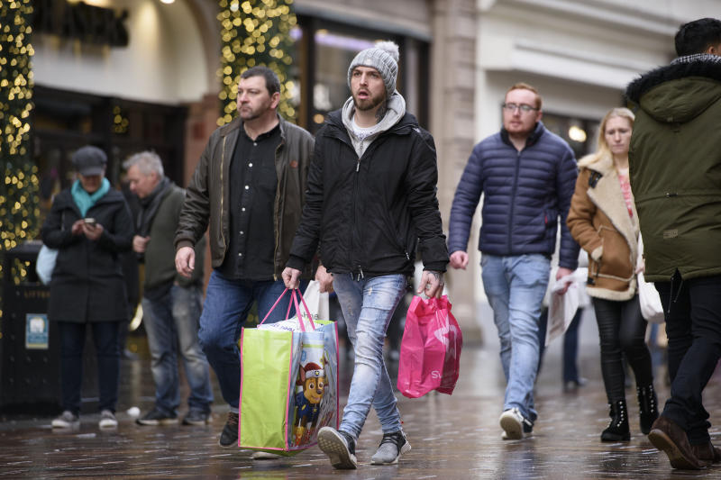 '14 shops a day' closing in Britain, PwC report finds