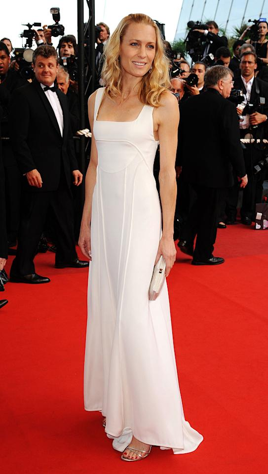 """<a href=""""http://movies.yahoo.com/movie/contributor/1800019047"""">Robin Wright Penn</a> at the 62nd Annual Cannes Film Festival premiere of <a href=""""http://movies.yahoo.com/movie/1808404206/info"""">Inglourious Basterds</a> - 05/20/2009"""