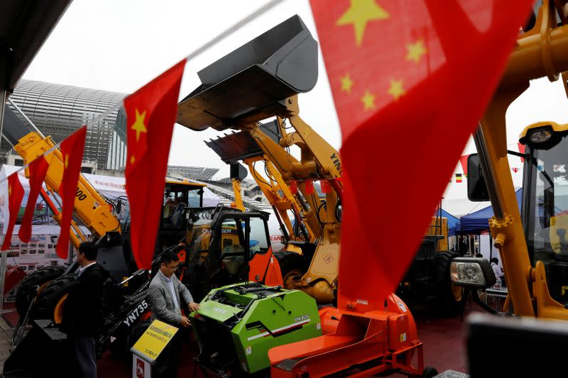 China posts first import growth since pandemic, exports also up