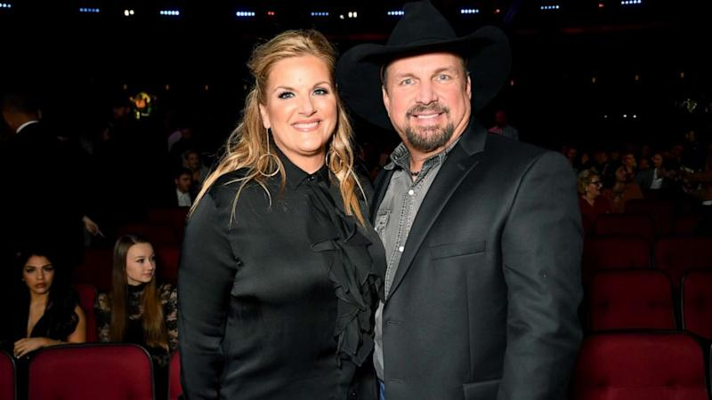 Trisha Yearwood shares the recipe for Garth Brooks' favorite dish and her 'misfit' Thanksgiving traditions