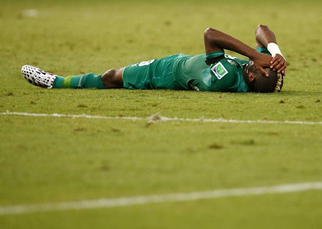 Ivory Coast's Serey Die reacts to a penalty conceded by teammate Sio during their 2014 World Cup Group C soccer match against Greece at the Castelao arena in Fortaleza