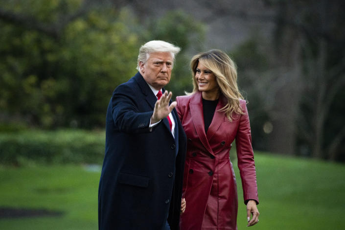 President Donald Trump and first lady Melania Trump released their official Christmas portrait on Dec. 18, 2020. (Photo: Al Drago/Getty Images)