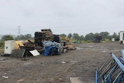 Police used an armoured truck to access the site (Met Police)
