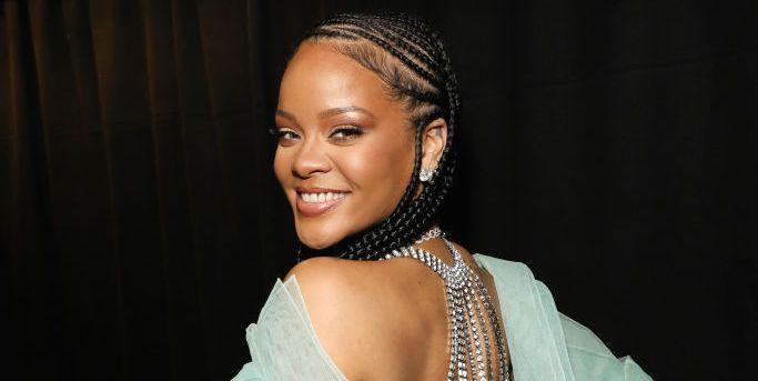 Rihanna returns to studio after teasing new music
