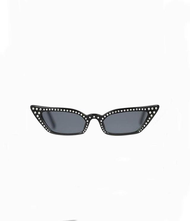 "<p>Poppy Lissiman, Le Skinny Luxe, $120, <a href=""https://poppylissiman.com/products/sunglasses/le-skinny-luxe-black"" rel=""nofollow noopener"" target=""_blank"" data-ylk=""slk:poppylissiman.com"" class=""link rapid-noclick-resp"">poppylissiman.com</a> </p>"