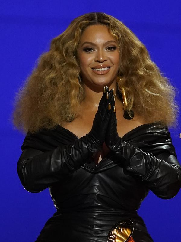 Beyonce dalam Grammy Awards 2021. (AP Photo/Chris Pizzello)