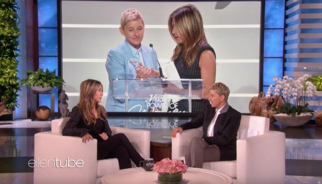 Jennifer Aniston Shares a Kiss with Ellen DeGeneres During Her Interview