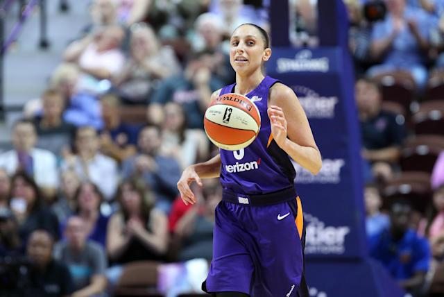 "<a class=""link rapid-noclick-resp"" href=""/wnba/teams/pho"" data-ylk=""slk:Phoenix Mercury"">Phoenix Mercury</a> guard <a class=""link rapid-noclick-resp"" href=""/wnba/players/628/"" data-ylk=""slk:Diana Taurasi"">Diana Taurasi</a> thinks the pay scale is unfair in the WNBA and wants to see changes in marketing. (Photo by M. Anthony Nesmith/Icon Sportswire via Getty Images)"