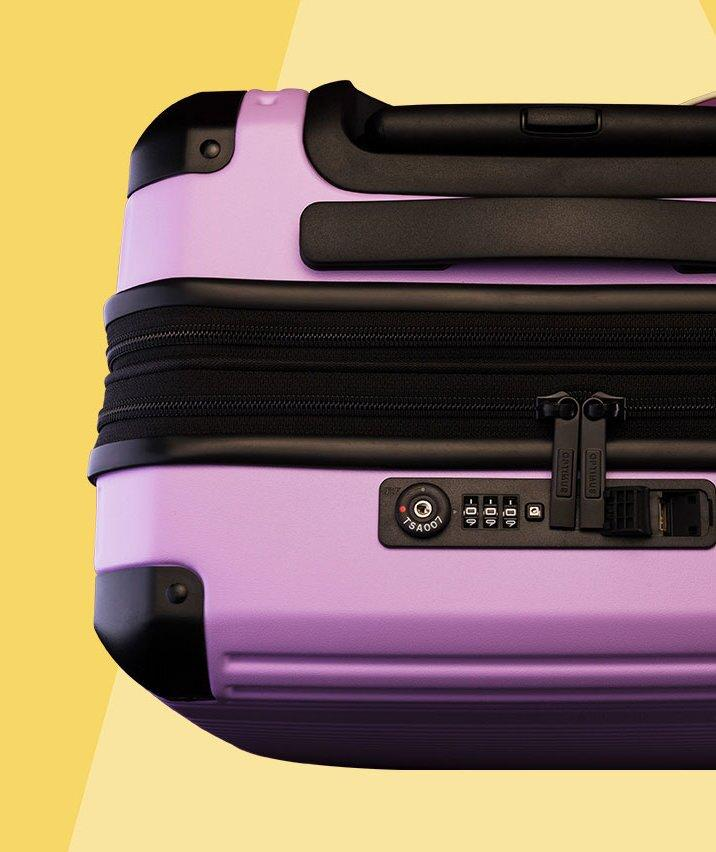 I'm a Frequent Flierand This Affordable Suitcase Has Survived All My Cross-Country Trips