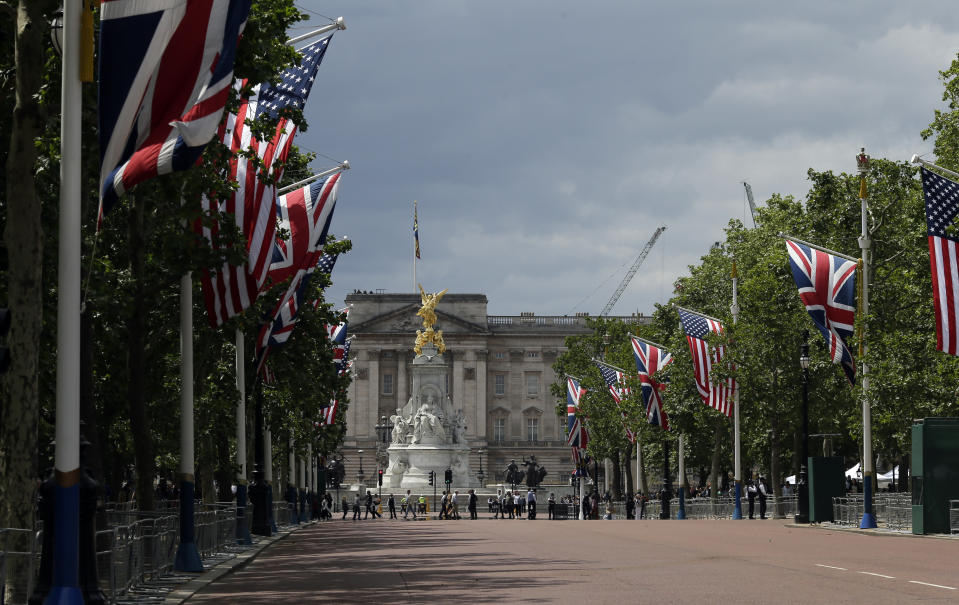 A general view of the Mall leading up to Buckingham Palace on the day of U.S President Donald Trump's arrival in London, Monday, June 3, 2019. Trump is on a three-day state visit to Britain. (AP Photo/Tim Ireland