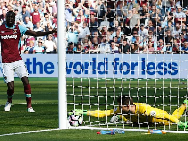 Fabianski stops the ball on the goal line to deny Snodgrass (Getty)