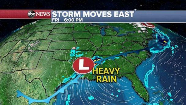 PHOTO: The southern part of that western storm will redevelop along the Gulf Coast bringing heavy rain to the southern states. (ABC News)