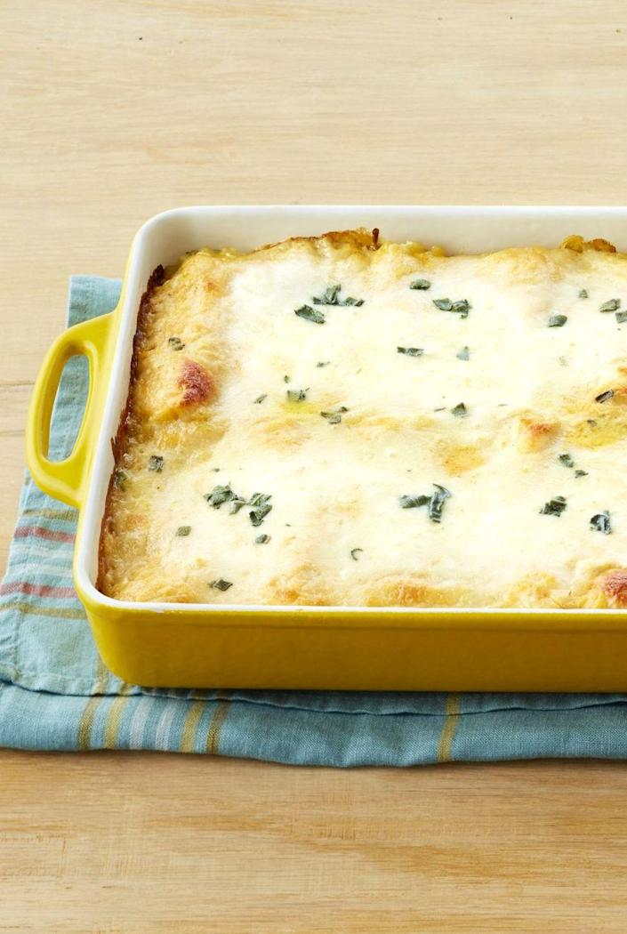 """<p>Classic lasagna gets a fall-inspired makeover with these pumpkin roll-ups. They're filled with pumpkin puree, chopped sage and three types of cheese!</p><p><a href=""""https://www.thepioneerwoman.com/food-cooking/recipes/a32403116/pumpkin-lasagna-roll-ups-recipe/"""" rel=""""nofollow noopener"""" target=""""_blank"""" data-ylk=""""slk:Get Ree's recipe."""" class=""""link rapid-noclick-resp""""><strong>Get Ree's recipe. </strong></a> </p>"""