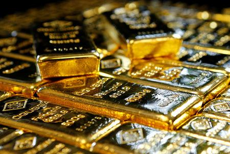 Gold bars at the Austrian Gold and Silver Separating Plant 'Oegussa' in Vienna, Austria, March 18, 2016.   REUTERS/Leonhard Foeger/Files