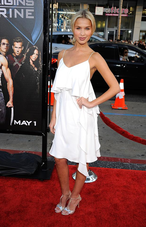 """<a href=""""http://movies.yahoo.com/movie/contributor/1808728259"""">Tahyna Tozzi</a> at the Los Angeles premiere of <a href=""""http://movies.yahoo.com/movie/1808665084/info"""">X-Men Origins: Wolverine</a> - 04/28/2009"""