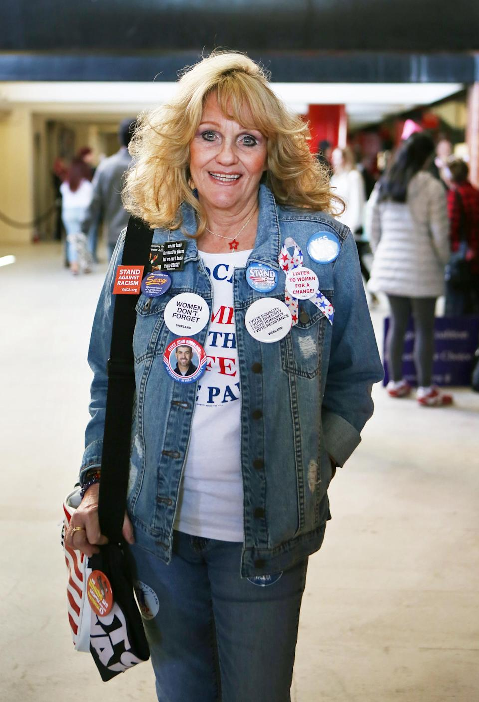 """<p>Delena Bobbera of Las Vegas has always been politically active — she was a Hillary Clinton delegate, worked on John Kerry's presidential campaign, and was at Bill Clinton's inauguration in 1997. Today, she says, """"I am appalled with our president, and I'm here to voice my disgust with him as a leader and how our country has been overrun."""" (Photo: Ronda Churchill for Yahoo Lifestyle) </p>"""