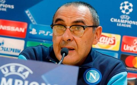 <span>Maurizio Sarri is closer to staying on at Napoli </span> <span>Credit: AFP </span>