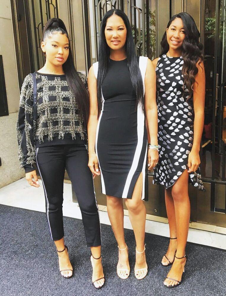Kimora Lee Simmons with daughters Ming (L) and Aoki | Courtesy Kimora Lee Simmons