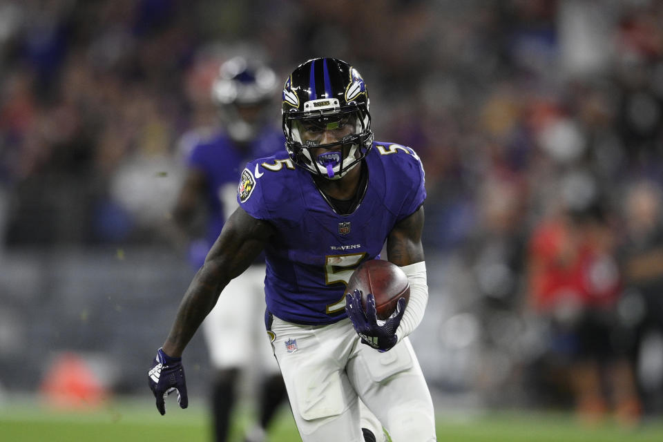 Baltimore Ravens wide receiver Marquise Brown (5)