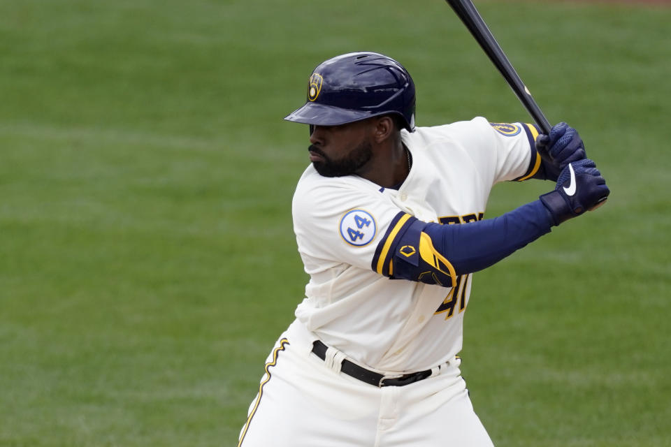 Milwaukee Brewers' Jackie Bradley Jr. (41) steps up to bat during the first inning of a spring training baseball game against the Texas Rangers Saturday, March 13, 2021, in Phoenix. (AP Photo/Ashley Landis)