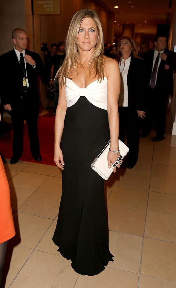 BEVERLY HILLS, CA - NOVEMBER 15:  Actress Jennifer Aniston attends the 26th American Cinematheque Award Gala honoring Ben Stiller at The Beverly Hilton Hotel on November 15, 2012 in Beverly Hills, California.  (Photo by Jeff Vespa/WireImage)