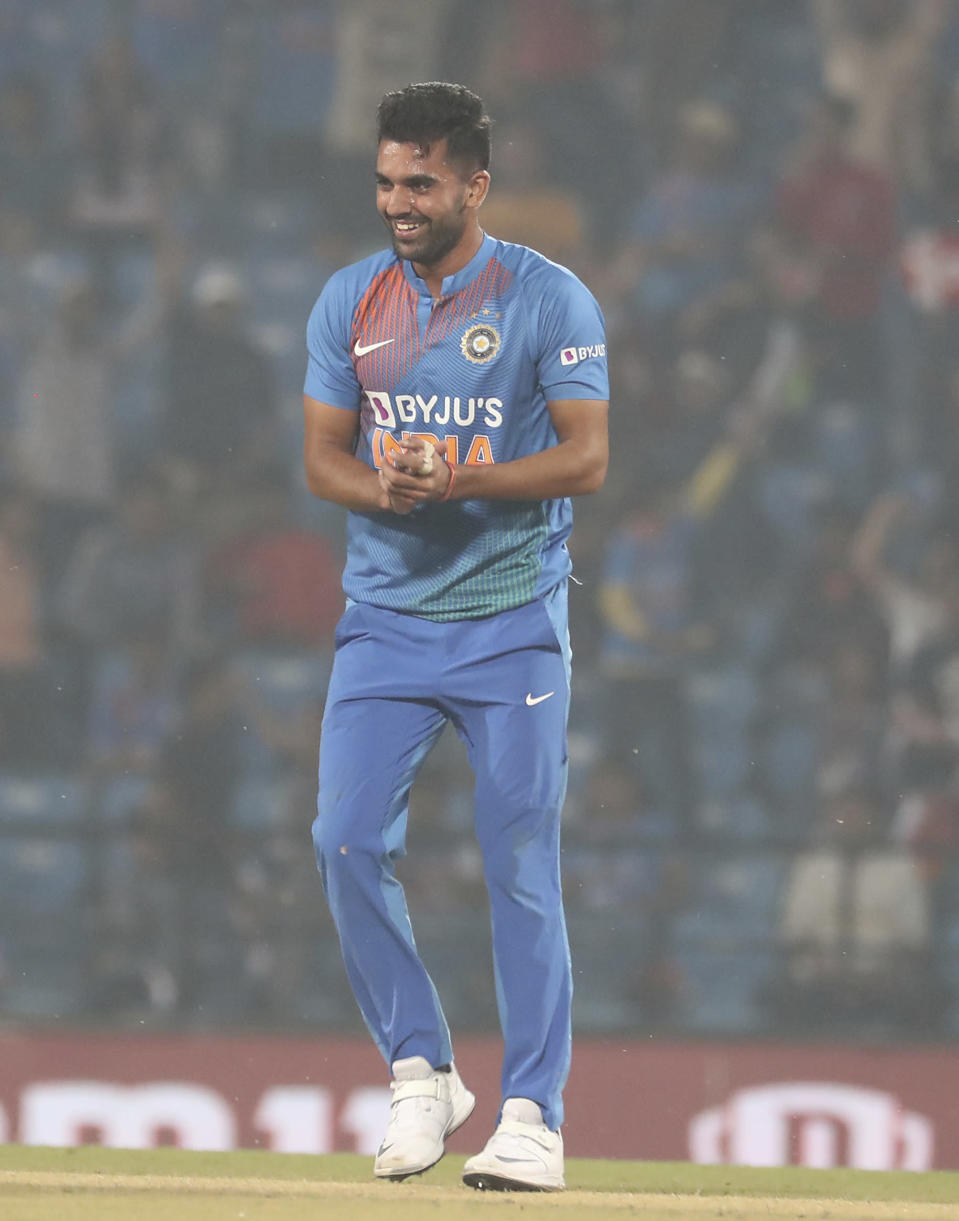 India's Deepak Chahar celebrate after taking the wicket of Bangladesh's Soumya Sarkar during the third Twenty20 international cricket match in Nagpur, India, Sunday, Nov. 10, 2019.(AP Photo/Rafiq Maqbool)