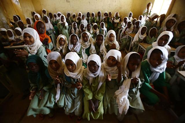 <p>Sudanese girls sit in a classroom at the El-Riyadh camp for Internally Displaced Persons (IDP) in Geneina, the capital of the state of Sudan's West Darfur, on Feb. 8, 2017. (Photo: Ashraf Shazly/AFP/Getty Images) </p>