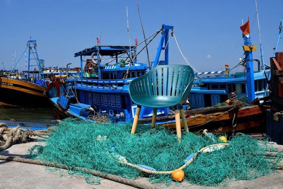"<p>DuraOcean® is the UK's first commercially available chair made exclusively from 3.5kgs of recycled ocean plastic waste, including fishing nets and ropes.</p><p><strong><a href=""https://www.distinctivegarden.co.uk/"" rel=""nofollow noopener"" target=""_blank"" data-ylk=""slk:www.distinctivegarden.co.uk"" class=""link rapid-noclick-resp"">www.distinctivegarden.co.uk</a></strong></p>"
