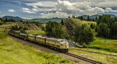 Iconic F-unit diesel locomotive CP 1401 (1958) will lead the train, powering more than 10 beautifully restored Royal Canadian Pacific heritage cars. (CNW Group/Canadian Pacific)