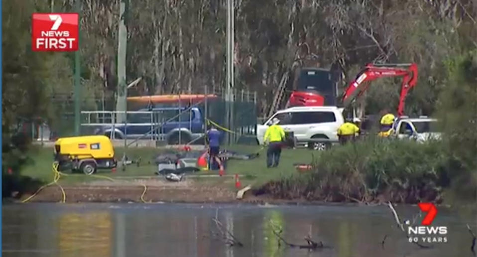 Council says water sampling is being undertaken to identify a cause of death and aerators are ensuring a good supply of oxygen in the water, but locals fear it's too late. Source: 7 News