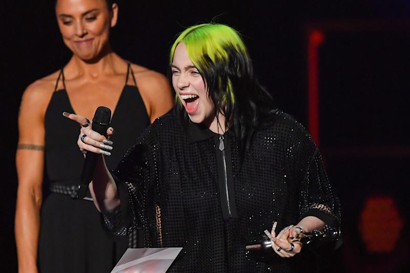 LONDON, ENGLAND - FEBRUARY 18: (EDITORIAL USE ONLY) Melanie C presents Billie Eilish with the International Female Solo Artist award during The BRIT Awards 2020 at The O2 Arena on February 18, 2020 in London, England. (Photo by Dave J Hogan/Getty Images)