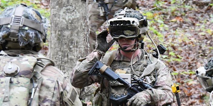 Soldiers wearing ruggedized prototypes of the Army's new Integrated Visual Augmentation System (IVAS)