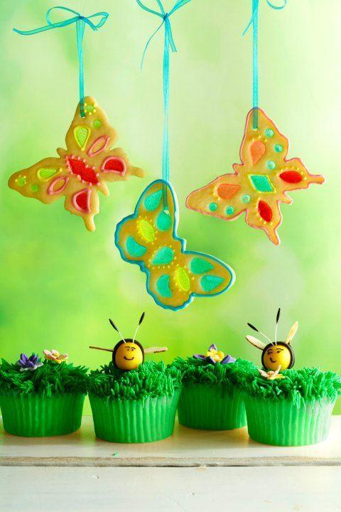 """<p>These cupcakes will have your guests buzzing!</p><p><strong><a href=""""https://www.womansday.com/food-recipes/food-drinks/recipes/a50269/grassy-lemon-cupcakes-with-bees-and-flowers/"""" rel=""""nofollow noopener"""" target=""""_blank"""" data-ylk=""""slk:Get the recipe."""" class=""""link rapid-noclick-resp"""">Get the recipe.</a></strong><br></p>"""