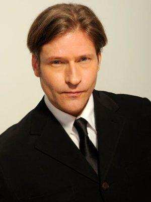 Crispin Glover Signs With APA (Exclusive)