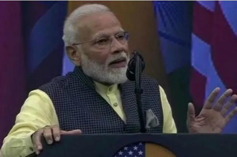 'Can You do Something for Me?': PM's Request that Drew Big Cheer from NRIs at 'Howdy, Modi'