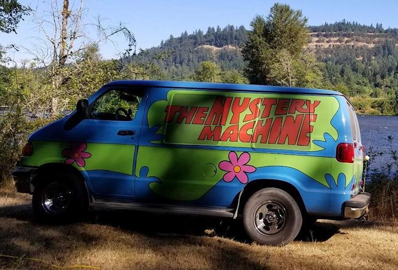 Take a ride in the Mystery Machine (Photo: Turo)