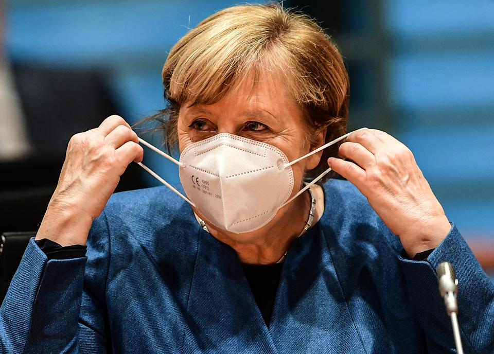 BERLIN, GERMANY - OCTOBER 28: German chancellor Angela Merkel arrives for the weekly government cabinet meeting on October 28, 2020 in Berlin, Germany. (Photo by Filip Singer - Pool/Getty Images)