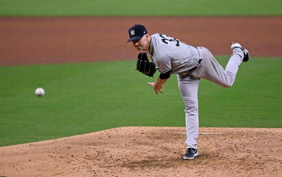 J.A. Happ pitching game 2 ALDS Rays