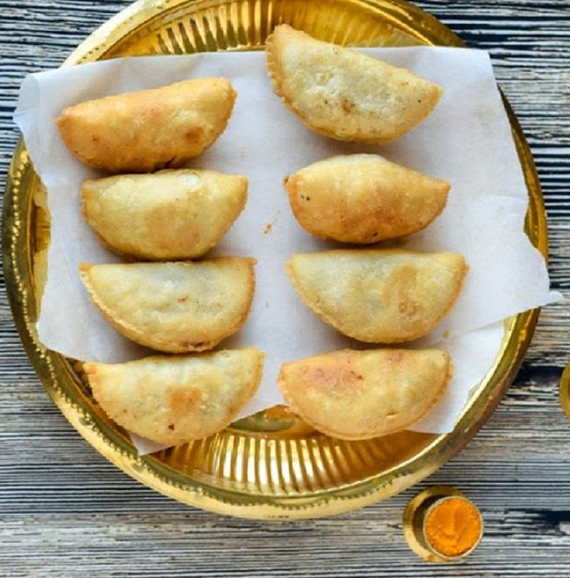 Holi 2019 3 gujiya recipes by Mumbai chefs that are a must try